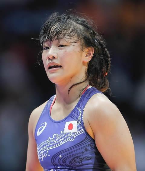 登坂絵莉選手のカップのポチ画像