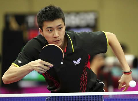 江宏傑選手 卓球の試合中の姿