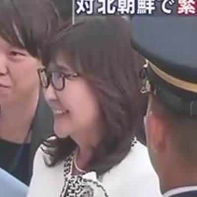 稲田朋美大臣 顔が腫れ むくみが起きる 画像